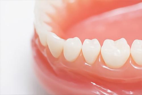 白い歯と歯茎